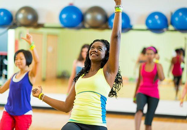 Mujeres en un gimnasio - Descuentos para personas mayores - Ahorros