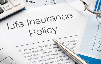 Documento de póliza de seguros