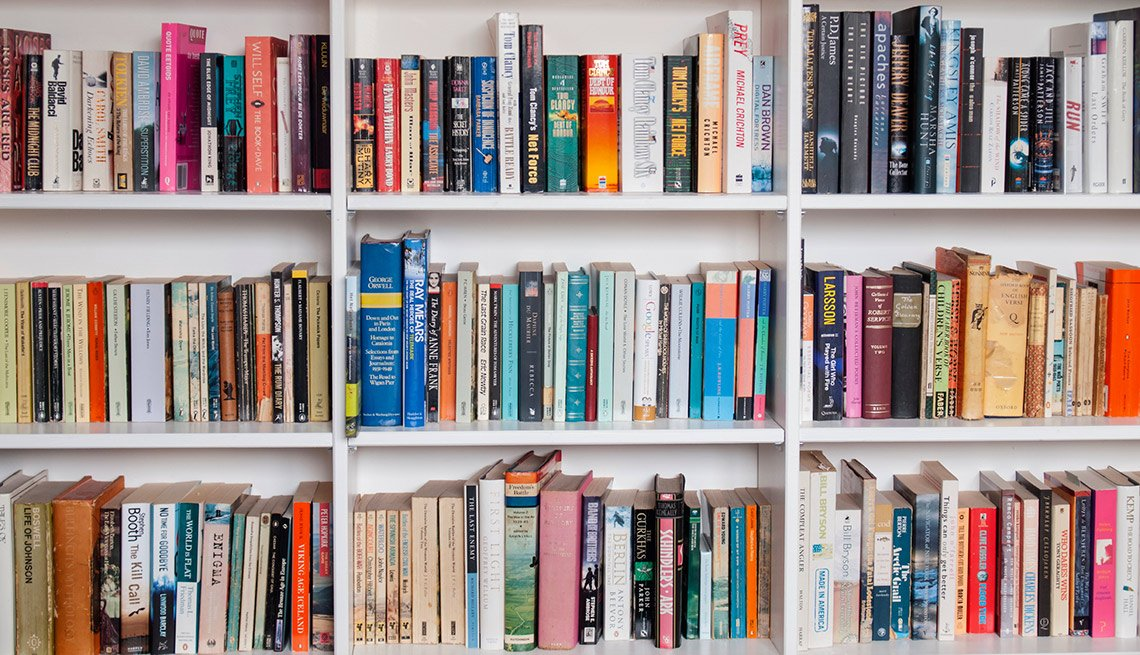 Estantes de libros - Formas de reducir tu espacio