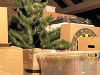 Downsizing? Ditch these 10 items - Decorations