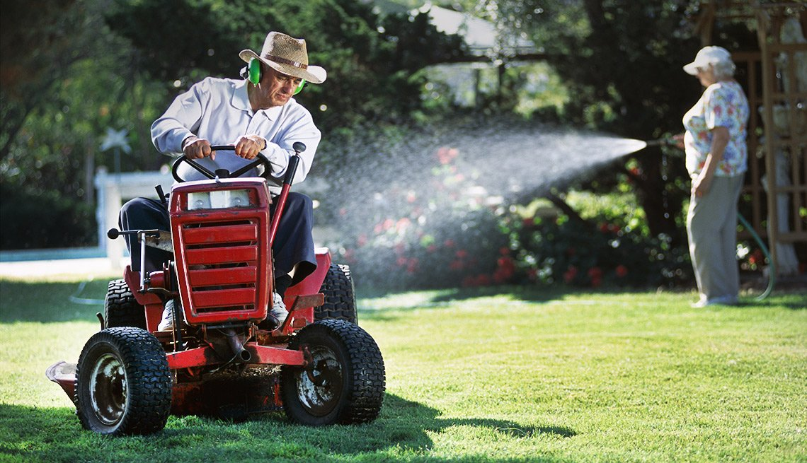 Things That Are Cheaper in Retirement - Home Repairs and Chores