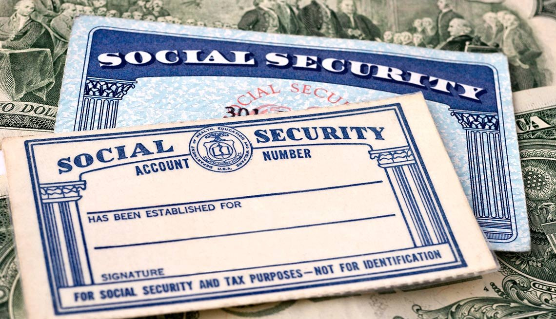Social Security Cards - Federal Agencies Team Up to Help Workers Make Smarter Retirement Decisions