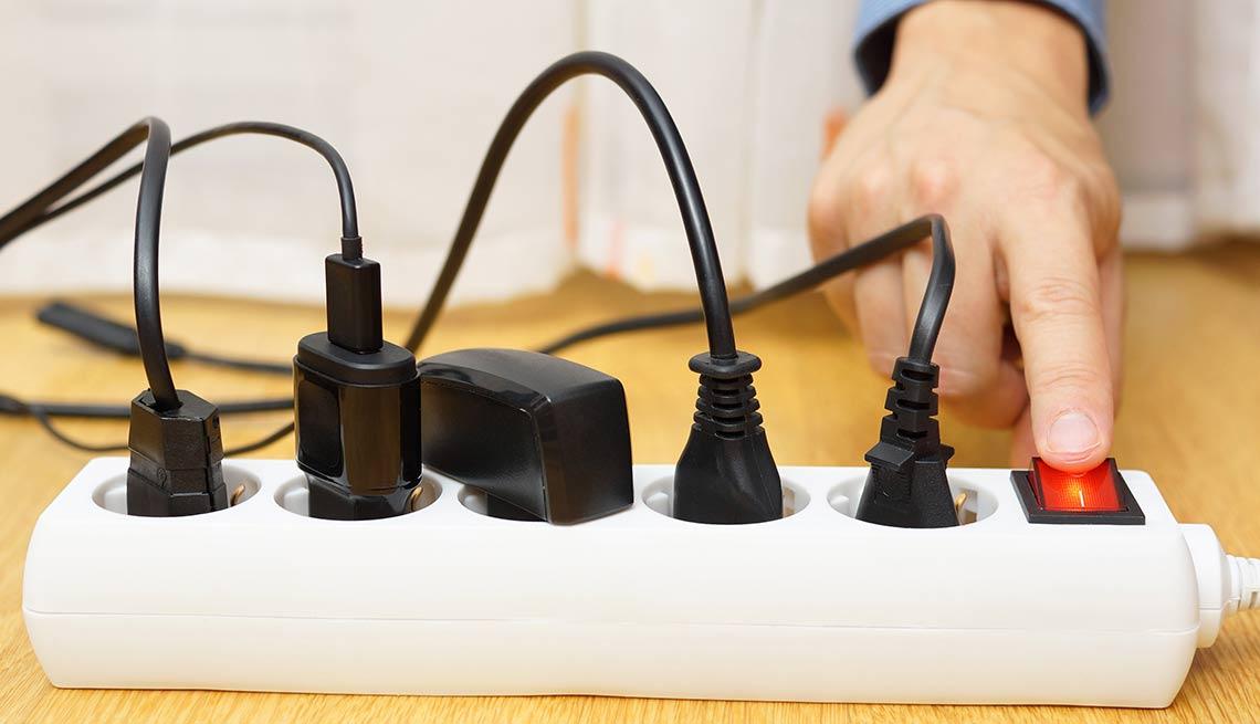 Distribuidor de entradas de energía - Evita reparaciones costosas en el hogar