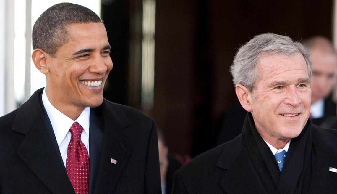Presidentes Barack Obama y George W. Bush - Salarios de los famosos