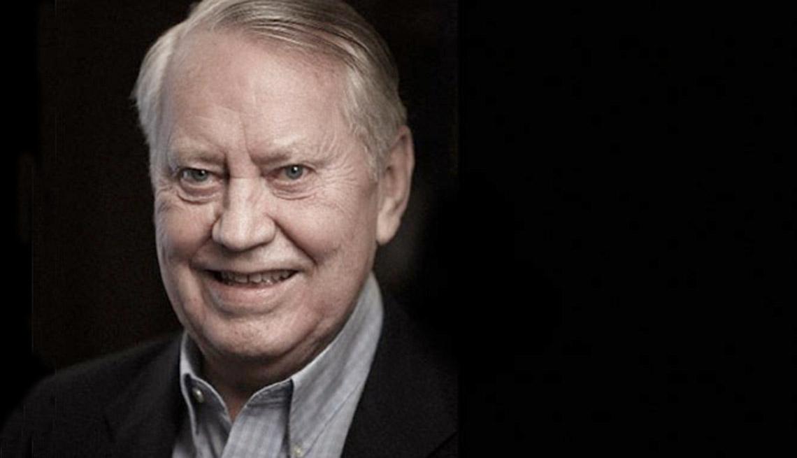 Chuck Feeney, cofundador del Duty Free Shoppers Group - 10 hábi