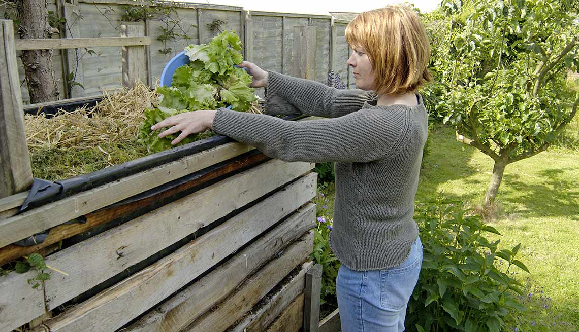 Outdoor DIY Fixes for Your Home - Build a simple compost bin