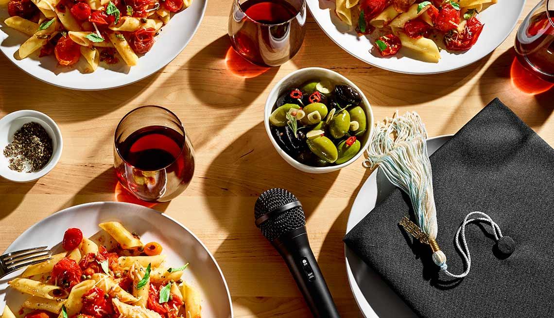 Consejos de entretenimiento en el segmento 99 formas de ahorrar como hacer una comida e invitar a un experto