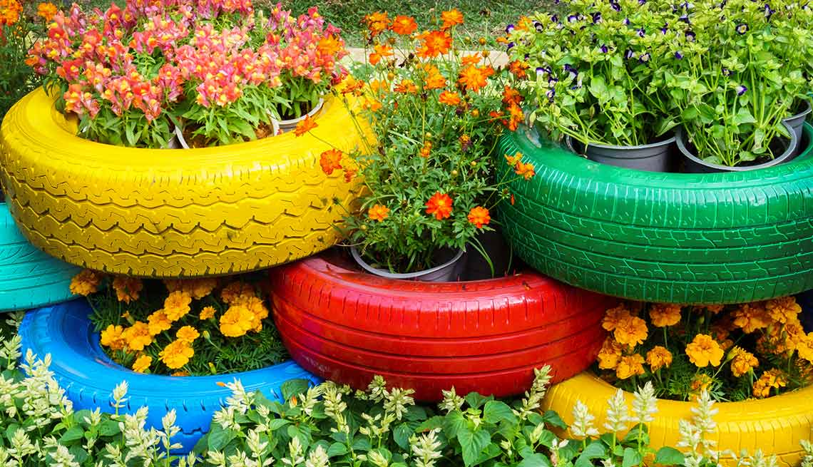 Upcycling project ideas for yard and garden for Yard and garden