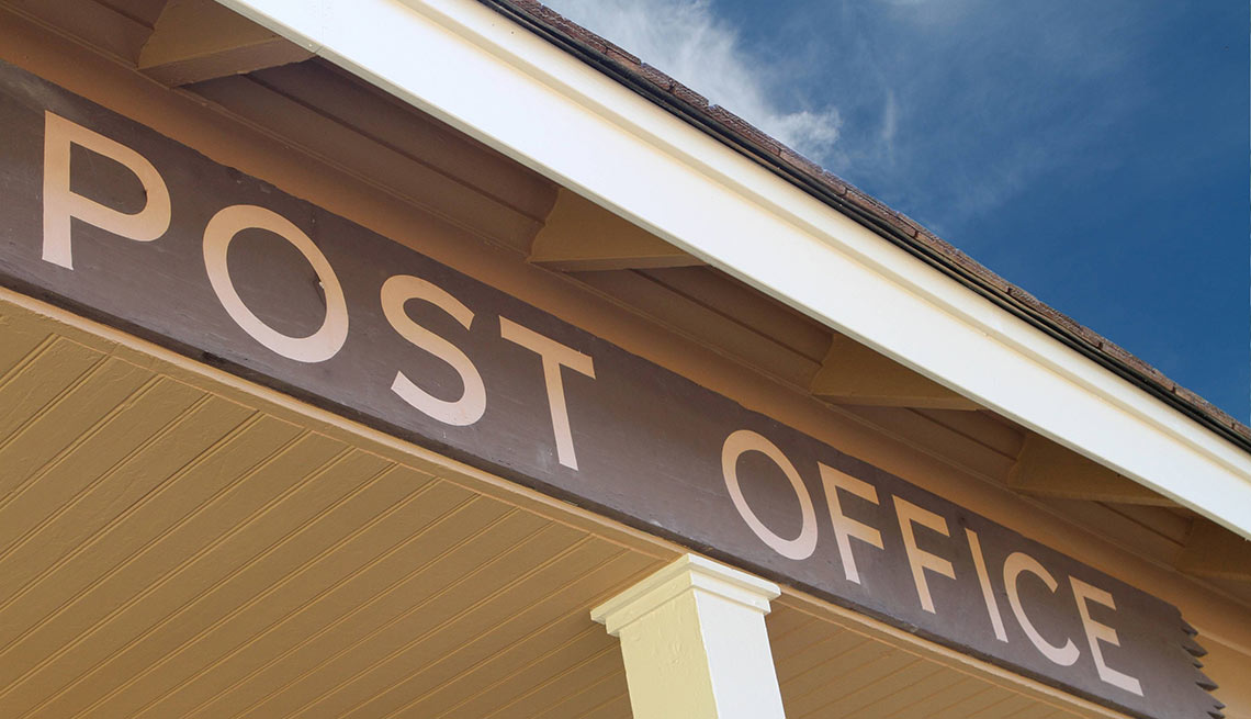 Summer spending mistakes - Forgetting to Declare Your Move