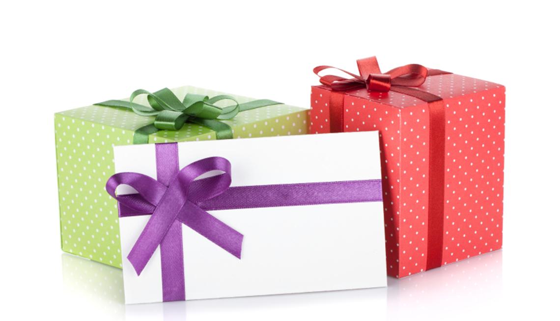 Cajas de regalos, y no te olvides de los descuentos de cumpleaños