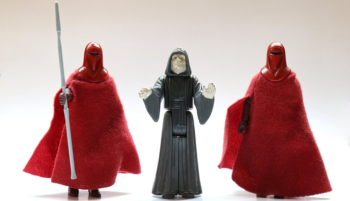 item 9 of Gallery image - vintage action figures of the royal guard and the emporer from star wars