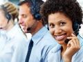 Mujer con audifonos - 7 cosas que usted debe nunca decir a Servicio al Cliente