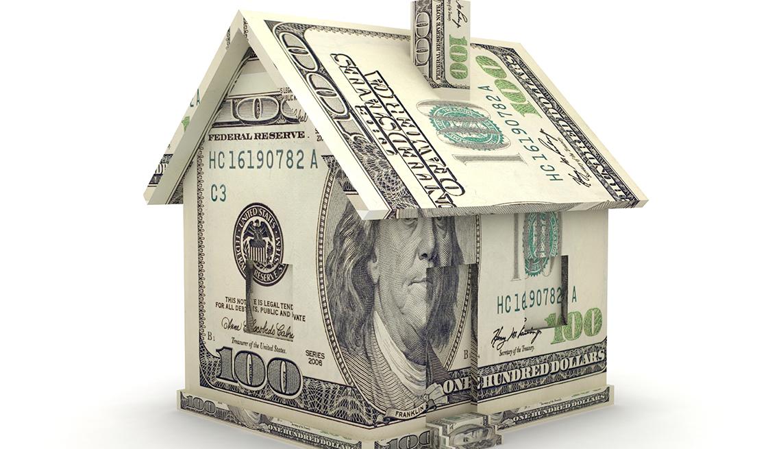 Cox: HELOC vs. Home equity loans