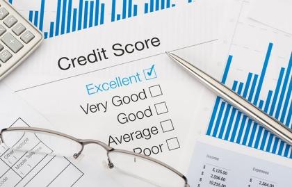 Hoja que muestra un excelente puntaje de crédito - Cambios en el crédito para el 2015