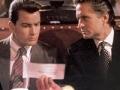 Escena de Wall Street con Charlie Sheen y Michael Douglas - Consejos financieros desde las películas