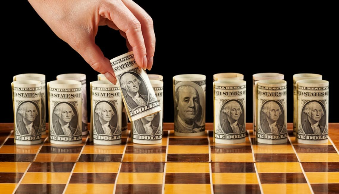 moving money on chess board, Roth: Where to stash your cash this spring