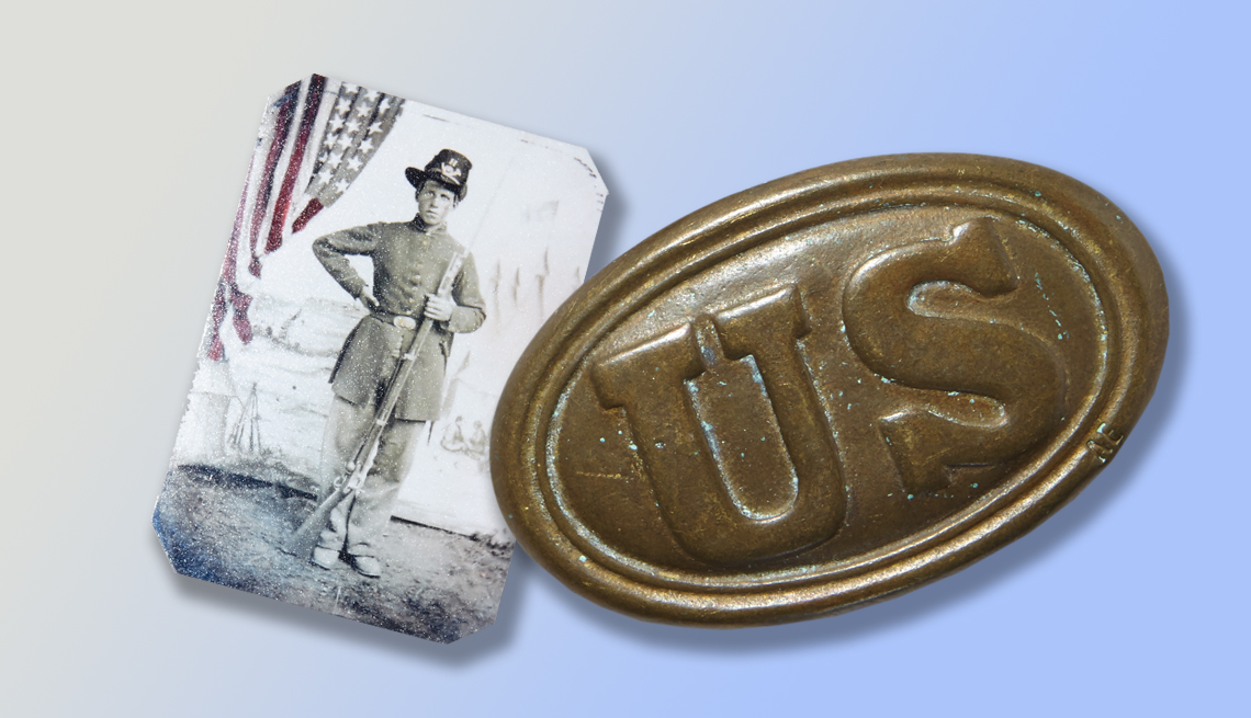 item 2 of Gallery image - War artifacts Treasure or Junk? How to know which collectibles to keep
