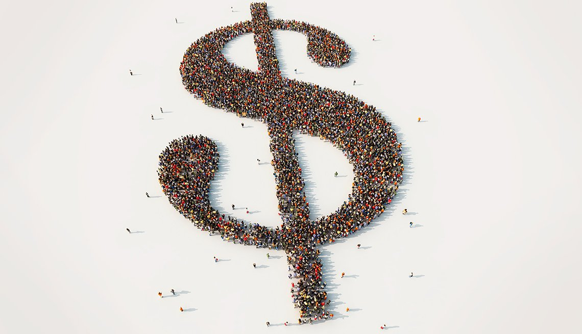 Signo de dólar hecho con personas