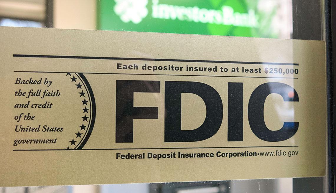 Bank FDIC sign