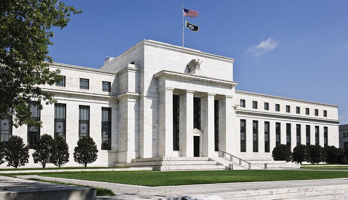 Exterior del edificio de la Reserva Federal de Estados Unidos en Washington D.C.