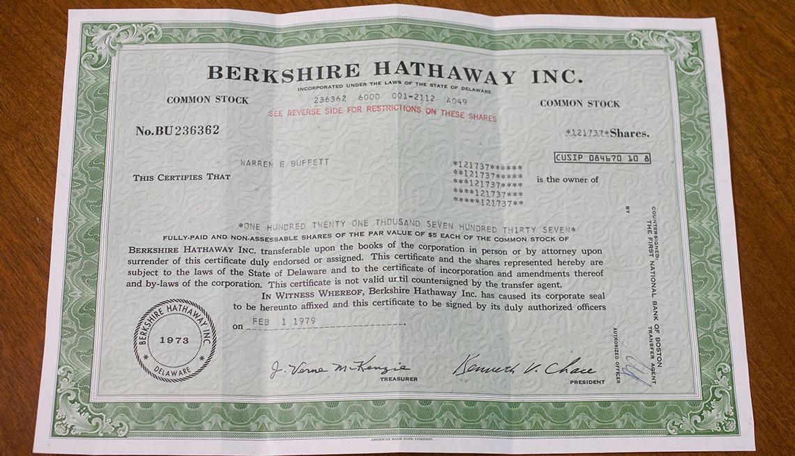 Un certificado de acciones que representa 121,737 acciones de clase A de Berkshire-Hathaway Inc.