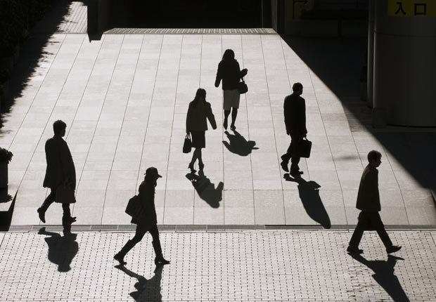 Fall Savings Challenge 2012: 10 Easy Ways to Save up to $100 a Month - Walk to Work