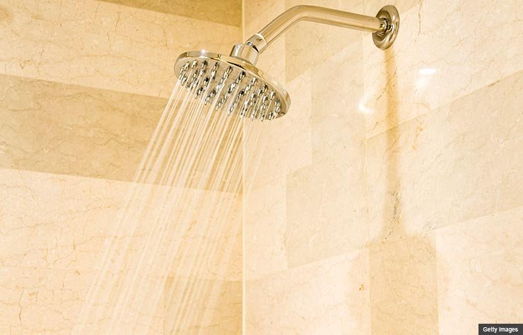 Una ducha en un baño  - Las mejores maneras de gastar $100