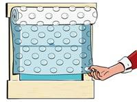 Puede sonar extraño, pero poner plástico de burbujas en la ventana puede ahorrarle dinero.
