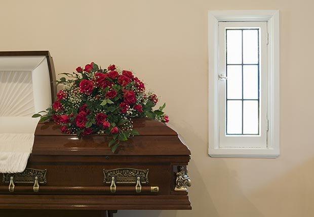 Planes funerarios pre-pagados. 10 spending regrets.