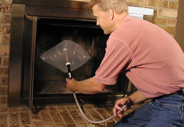 Install an inflatable chimney damper. (Courtesy Chimney Balloons USA)