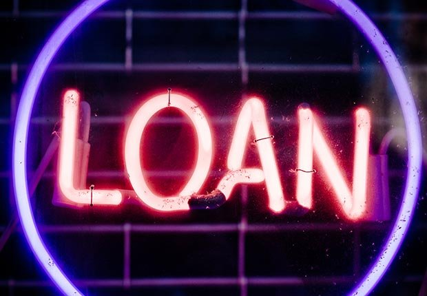Neon sign reading loan.
