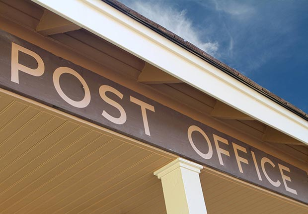 Post office sign, change address when you move (Age Fotostock)
