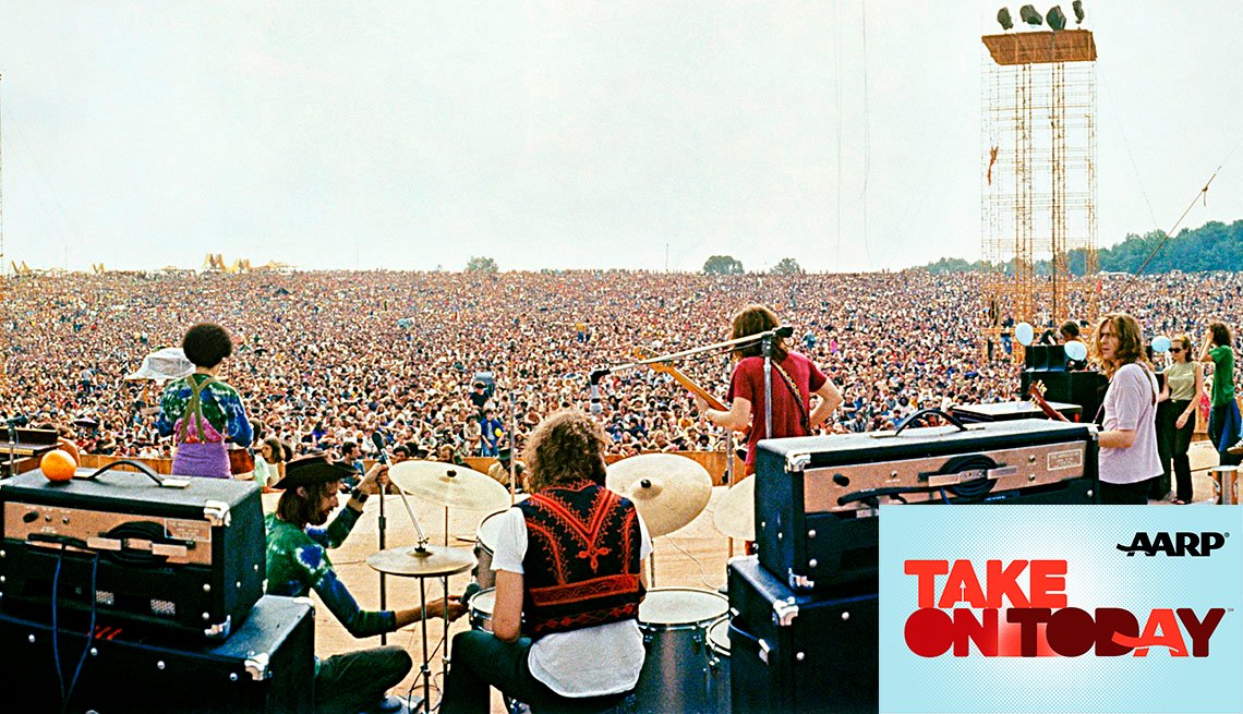 Large crowd at Woodstock
