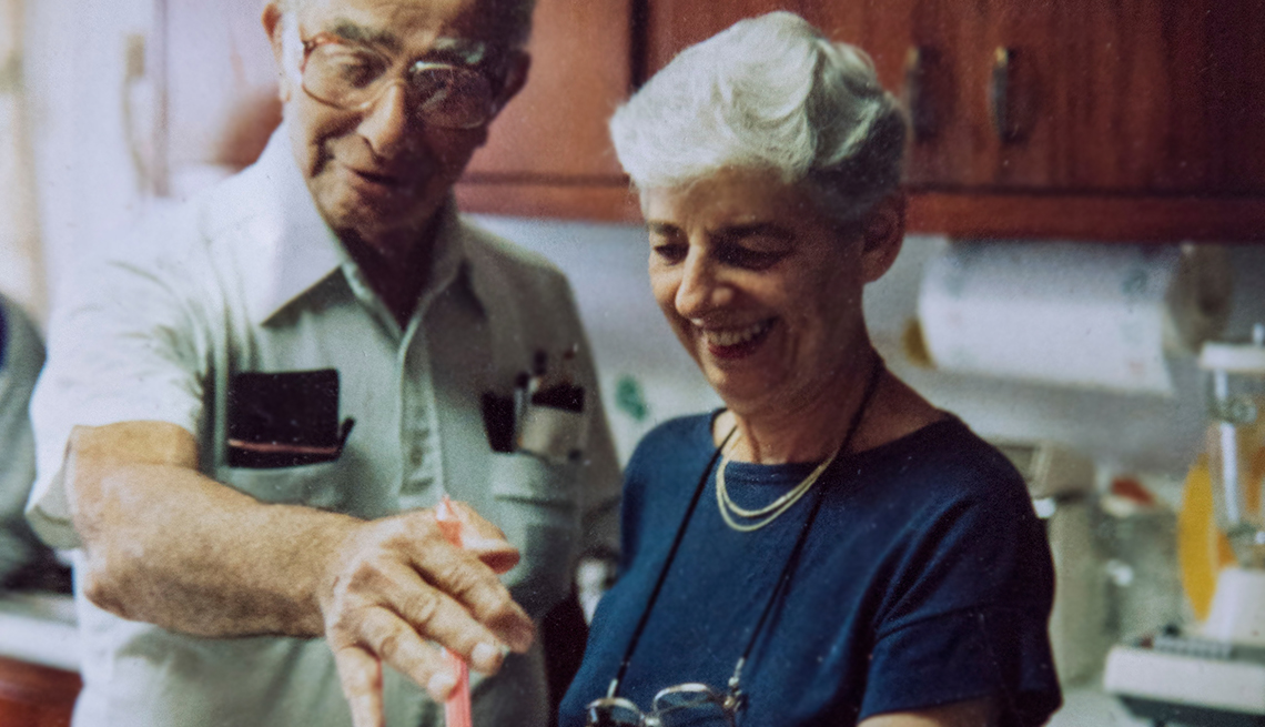 Sylvia Bloom,right, and her husband, Raymond Margolies