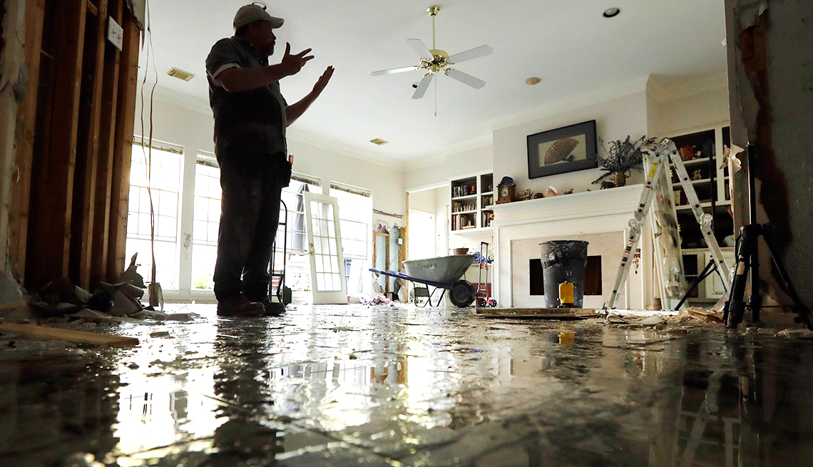 post disaster scams fallout fraud from hurricane harvey