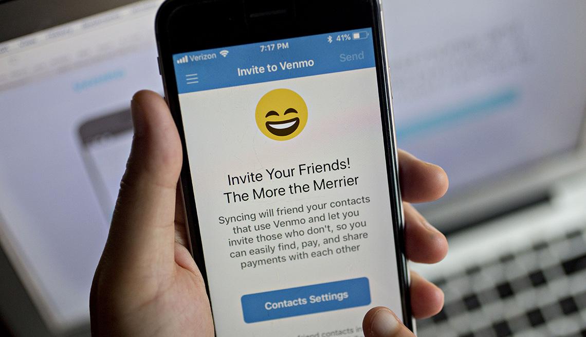 Pantalla de teléfono muestra un mensaje de la aplicación Venmo