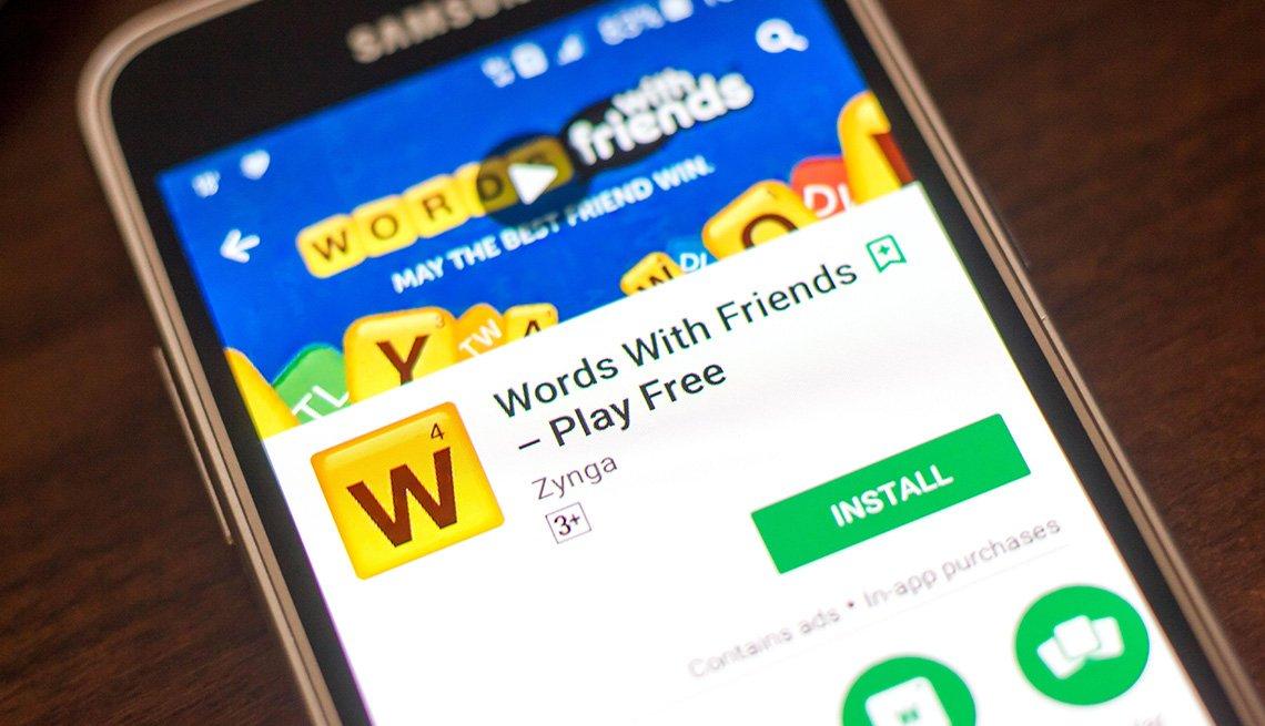 Teléfono móvil con la aplicación Words With Friends