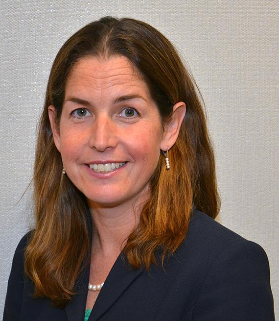 Lisa Schifferle headshot