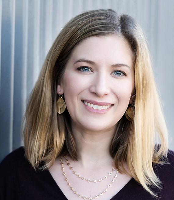 Nora Kenworthy, profesora adjunta de la Facultad de Estudios de la Salud y Enfermería en la University of Washington Bothell