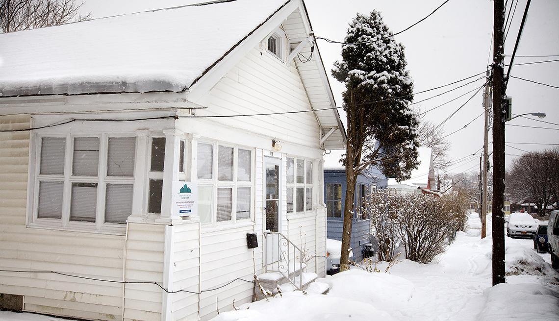 Tax Lien Operators Force Foreclosures