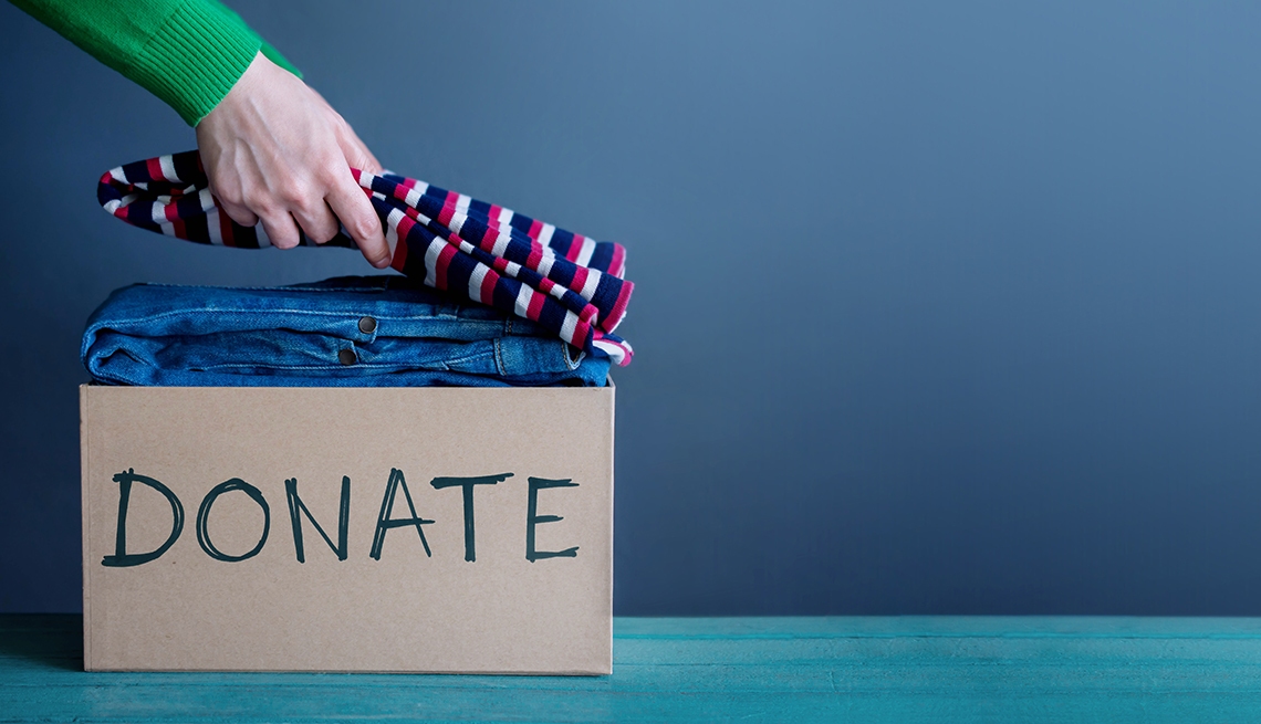 How to Give to Charity — and Save on Taxes