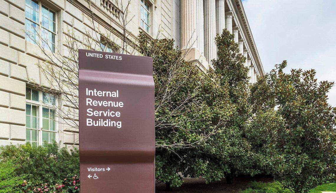 Edificio del IRS en la avenida Constitución en Washington, D.C.