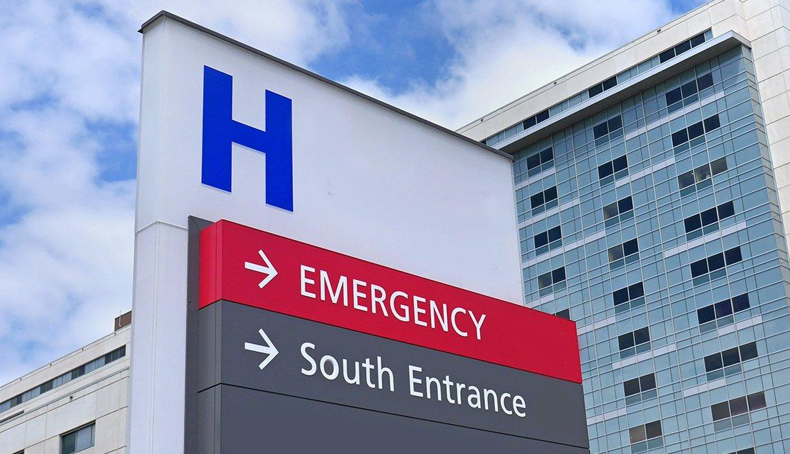 Señal que indica el ingreso a un hospital