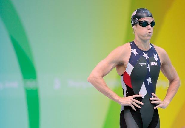 A los 41 años, más del doble de la edad de algunos de sus rivales, la estadounidense Dara Torres ganó tres medallas de plata en los Juegos de Beijing 2008.