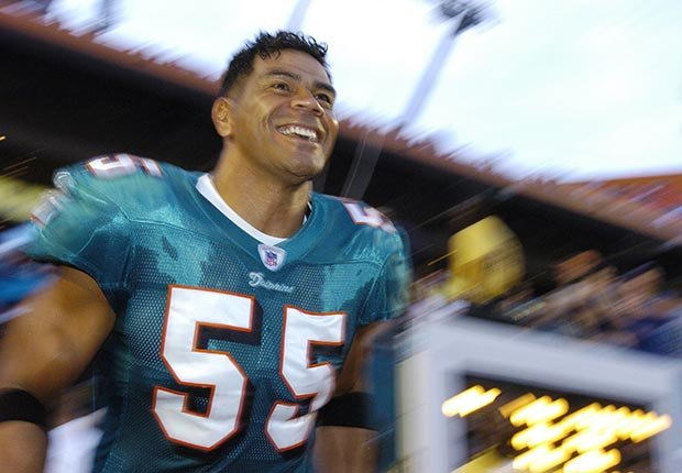 Junior Seau football linebacker Dolphins