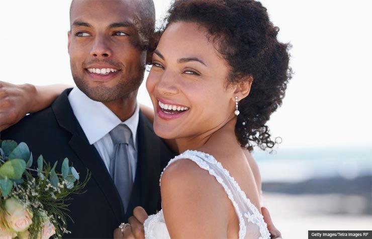 Retrato de una pareja de recién casados