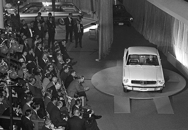 La Compañía Ford presenta el nuevo Mustang a la prensa en la Feria Mundial de Nueva York.