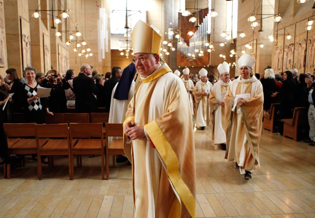 El arzobispo José H. Gómez - Latinos Boomers influyentes