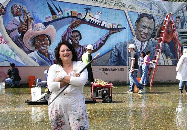 Judy Baca - Latinos Boomers influyentes