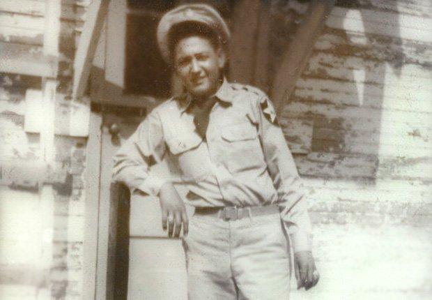 José Mares Corea y Vietnam Veteranos hispanos